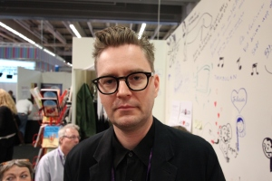 Knut Larsson, som har gjort en serieversion av Harry Martinsons Aniara.